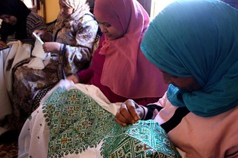 Creation Camp: An Introduction to Traditional Moroccan Artisanal Skills for Girls