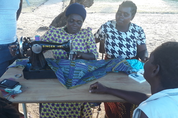 Mother group tailoring and baking vending shelter